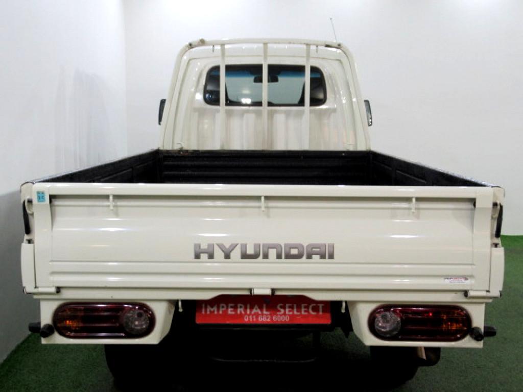2015 HYUNDAI H100 BAKKIE 2.6D DECK