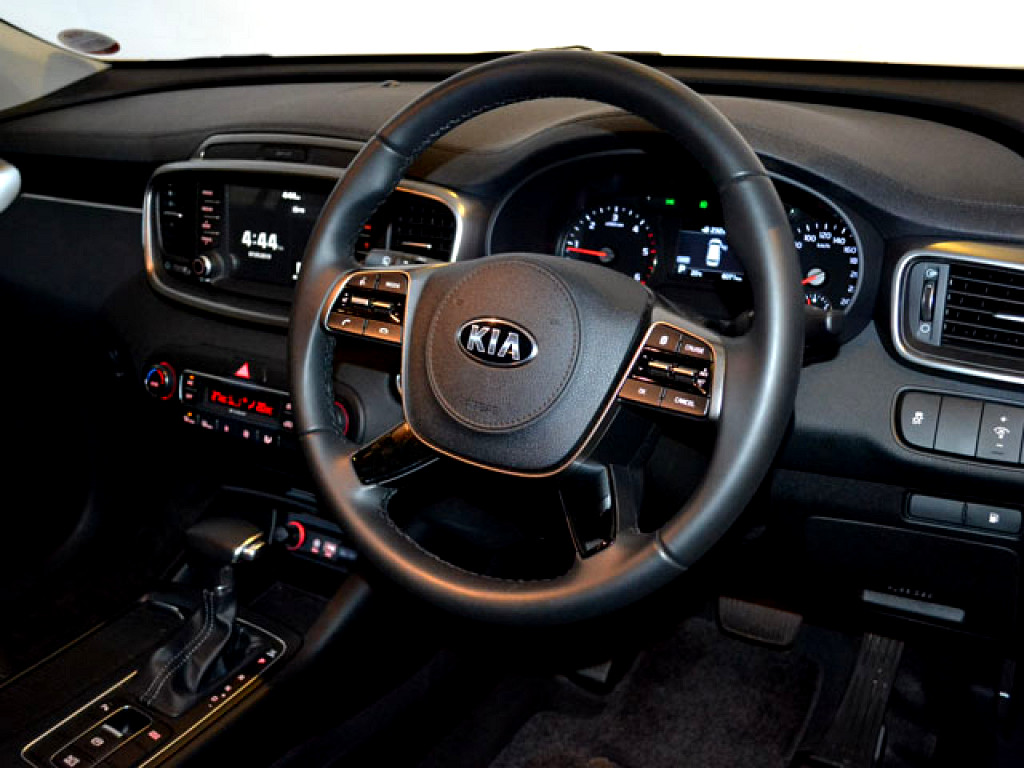 2019 SORENTO 2WD 2.D 8AT 7SEATER LX