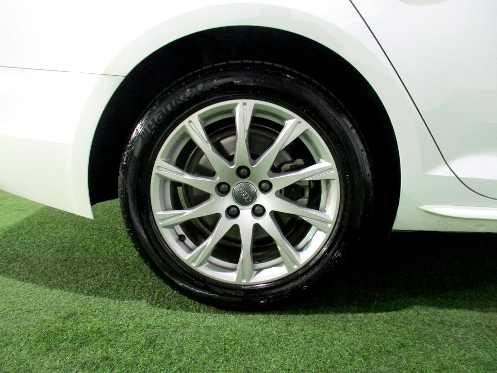 2016 Audi A4 (B8) 2008 ‑ on (B9) A4 2.0t Fsi Stronic (B9)