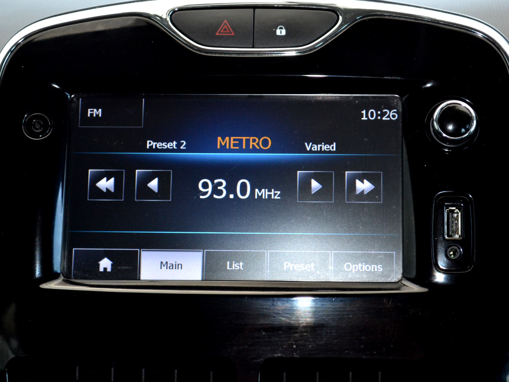 2014 CLIO IV 900T EXPRESSION