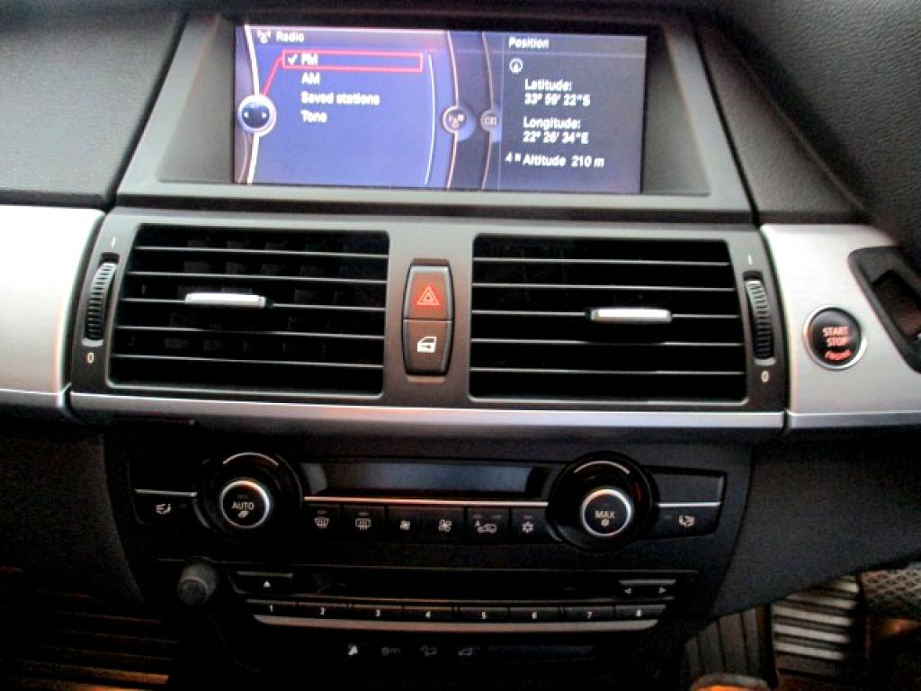 2012 BMW X6 M 50D + SUNROOF