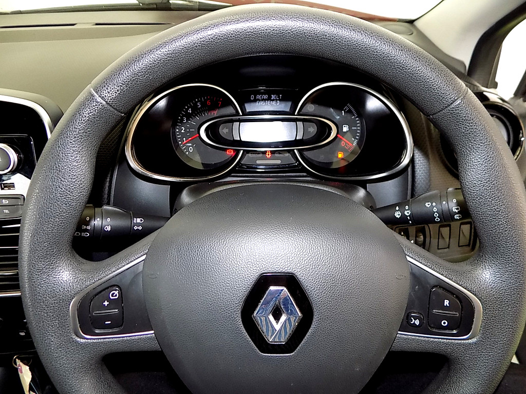 2018 RENAULT CLIO IV  900T AUTHENTIQUE 5DR (66KW)