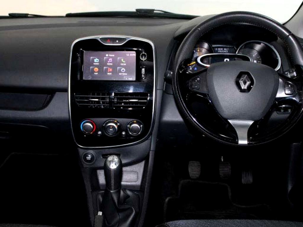 2014 Clio 4 Expression 66kw Turbo