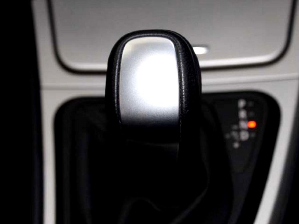 2010 BMW 120i A/T (E87)
